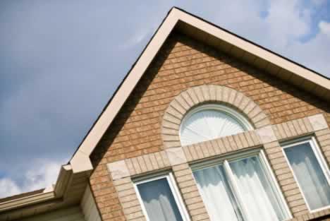 Vinyl Windows and Brick Siding: An Excellent Combination