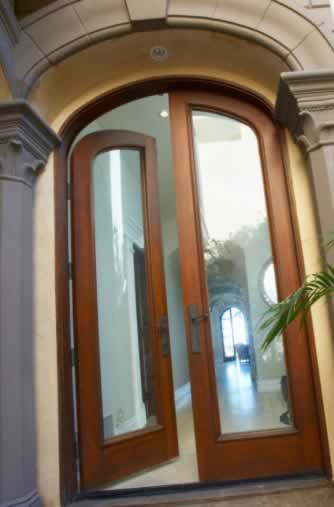 Glass Doors That Remain in Style