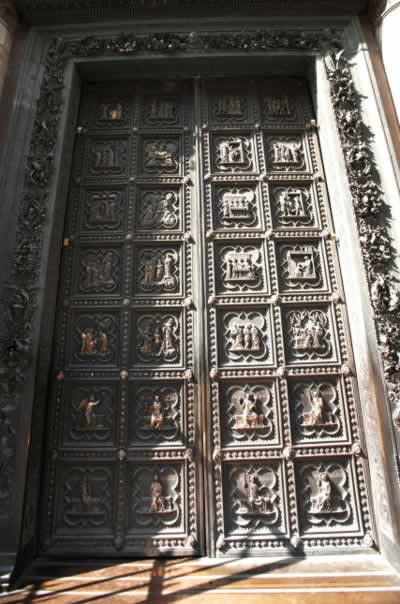 Cast-metal Doors with a Legacy