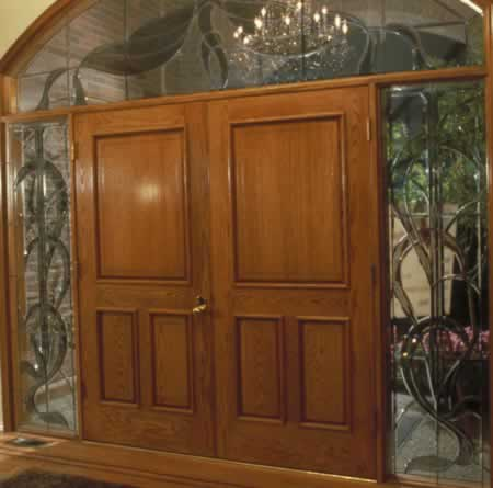 /doors/types/oak/warmth-and-style-red-oak-doors.php