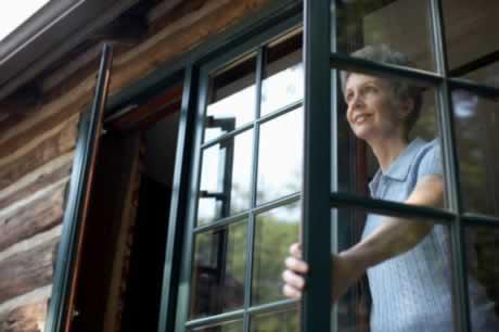 Wood Windows Offer a World of Beauty